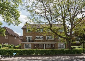Thumbnail 3 bed flat for sale in Blaenavon, Fortis Green, London