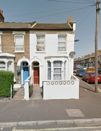 Thumbnail 4 bed semi-detached house to rent in Devonshire Close, Stratford