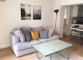 2 bed flat to rent in Greenwich South Street, London SE10