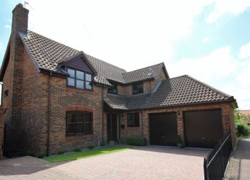Thumbnail 4 bed detached house for sale in Gladden Fields, Chelmsford