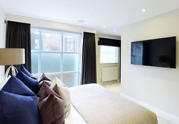 Thumbnail 3 bed flat to rent in Peony Court, London