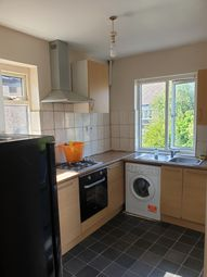 2 bed maisonette to rent in Scotts Road, Southall UB2