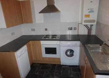 Thumbnail 3 bedroom flat to rent in Abbey Street, Hull