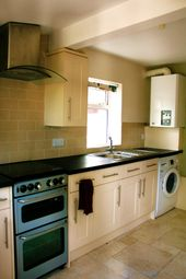 4 bed terraced house to rent in Avenue Road, Southampton SO14