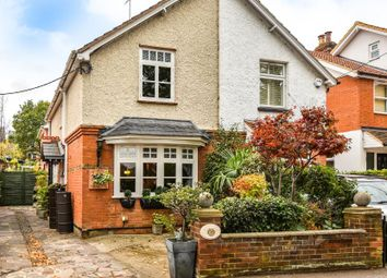 Thumbnail 3 bed cottage for sale in Cookham, Maidenhead