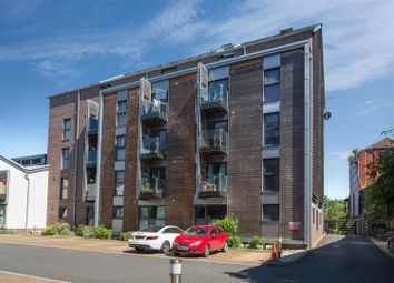 Thumbnail 2 bedroom flat for sale in Gas Ferry Road, Bristol