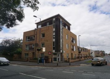 2 bed flat to rent in Plymouth Grove, Manchester M13