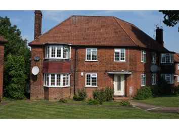 2 bed maisonette for sale in Edgeworth Close, Hendon NW4