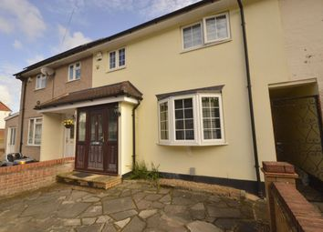 Thumbnail Room to rent in Valley Rise, Watford
