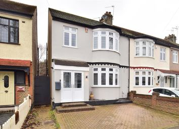 Lyndhurst Drive, Hornchurch, Essex RM11. 3 bed end terrace house for sale