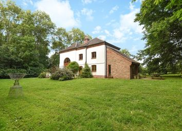 Thumbnail 4 bedroom property to rent in Tiddington, Thame