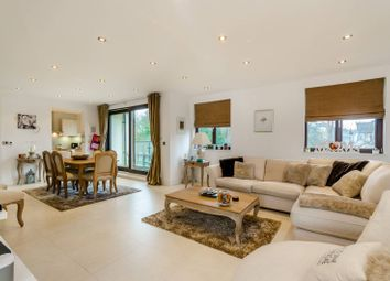 Thumbnail 2 bedroom flat for sale in East Finchley, East Finchley