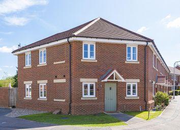 3 bed end terrace house for sale in Sindlesham, Wokingham RG41