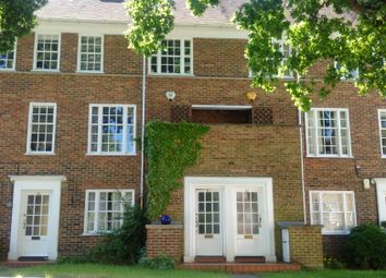Thumbnail 3 bed town house to rent in Dulwich Village, London