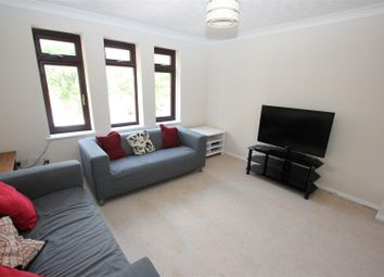 3 bed town house to rent in Torrington Place, Wapping, London E1W