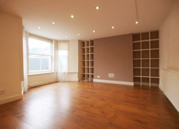 Thumbnail 3 bed flat to rent in Sparsholt Road, Finsbury Park