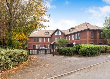 Thumbnail 1 bed flat to rent in Carey Road, Wokingham