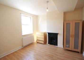 Thumbnail Room to rent in Eve Road, London