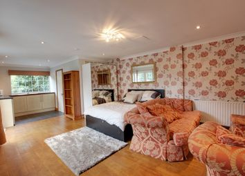 Thumbnail Studio to rent in The Glebe, Magdalen Laver, Ongar