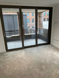 Thumbnail 2 bed flat to rent in Wentworth Street, London