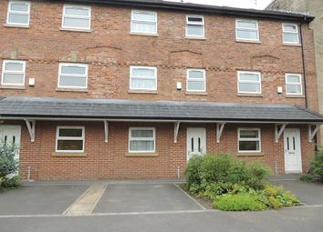 Thumbnail 2 bedroom town house to rent in Lakes Road, Marple, Stockport