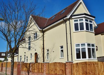 Thumbnail 8 bed semi-detached house to rent in Hodford Road, London