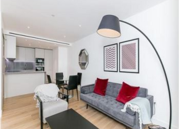 Admiralty House, 150 Vaughan Way, London E1W. 1 bed flat