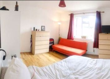 Thumbnail 1 bed flat to rent in The Spinney, Castelnau, London