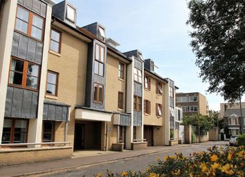 Thumbnail 2 bed flat to rent in Garden Court, Cambridge