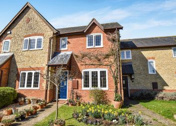 Thumbnail 3 bed cottage for sale in Crosslands, Fringford, Bicester