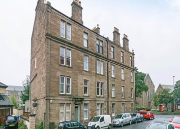 Thumbnail 2 bed flat to rent in Lytton Street, Dundee