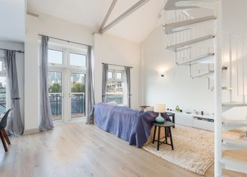 Thumbnail 2 bed flat to rent in Arden Crescent, London