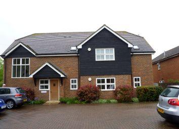 Thumbnail 2 bed flat to rent in The Gables, Childsbridge Lane, Sevenoaks