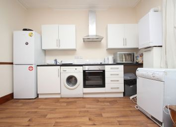 Thumbnail 4 bed flat to rent in Holdenhurst Road, Bournemouth
