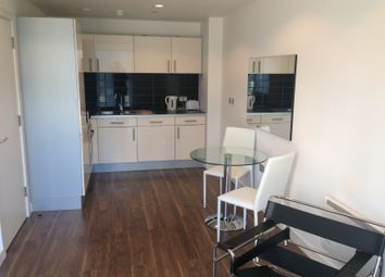 Thumbnail 1 bed flat to rent in Pink, Media City, Salford