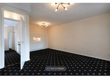 2 bed maisonette to rent in Park Farm Close, London N2