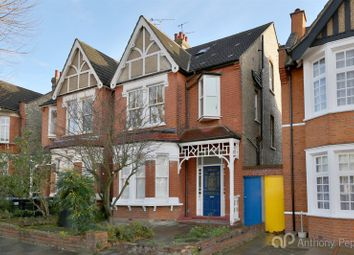 Thumbnail 3 bed flat to rent in Grovelands Road, Palmers Green