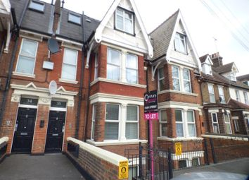 Thumbnail 1 bed flat to rent in New Road, Rochester