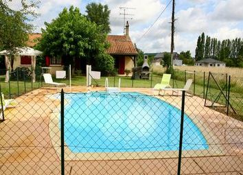 Thumbnail 3 bed villa for sale in Le-Fleix, Dordogne, France