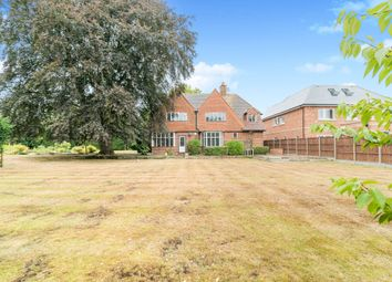 Thumbnail 4 bedroom detached house to rent in Altwood Road, Maidenhead