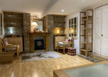 Thumbnail 1 bedroom flat to rent in Anhalt Road, London