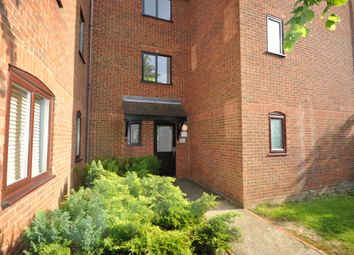 2 bed flat to rent in Haysman Close, Letchworth Garden City SG6