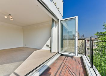 Thumbnail 2 bed flat to rent in Kelvin Road, London