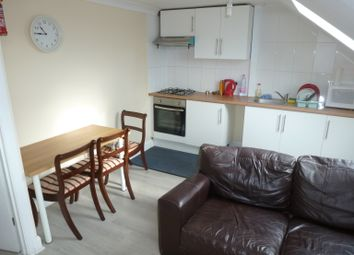 Thumbnail 1 bed flat to rent in Woodhouse Road, North Finchley