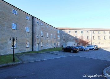 1 bed flat for sale in The Hexagon, Kempthorne Lane, Bath BA2