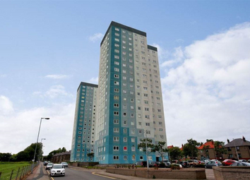 Thumbnail 2 bed flat to rent in Regent Court, Aberdeen