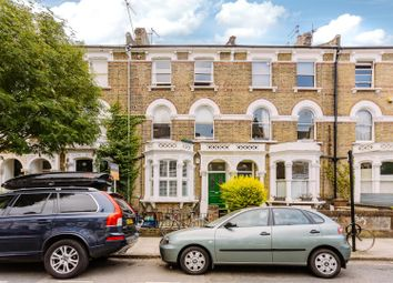 Thumbnail 1 bedroom flat to rent in Digby Crescent, London