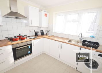 Thumbnail 4 bed flat to rent in Alma Road, Southampton