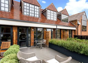Thumbnail 2 bed flat for sale in Stancrest, 16 Hill Avenue, Amersham