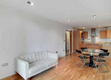 1 bed flat for sale in City Tower, Canary Wharf E14